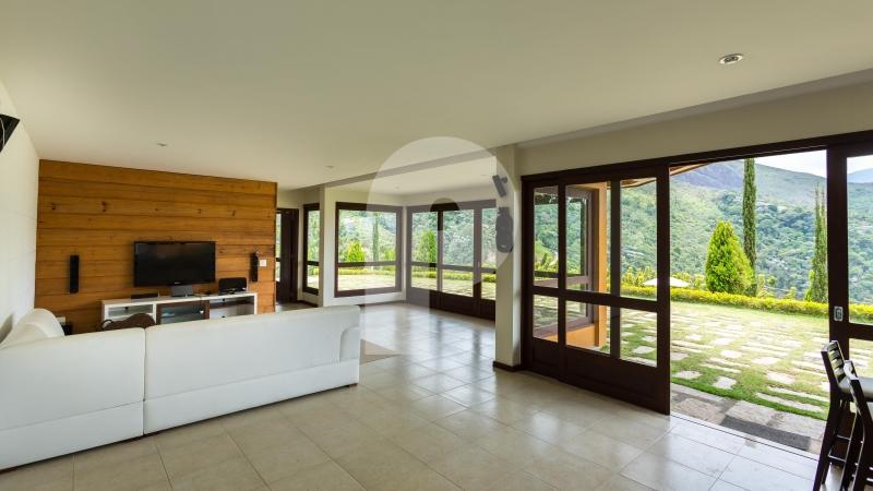 Casa para Temporada  à venda em Araras, Petrópolis - RJ - Foto 8