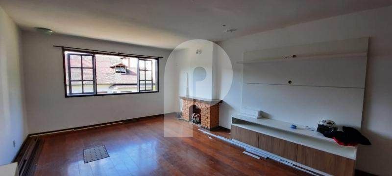 Cobertura para Alugar  à venda em Itaipava, Petrópolis - RJ - Foto 2