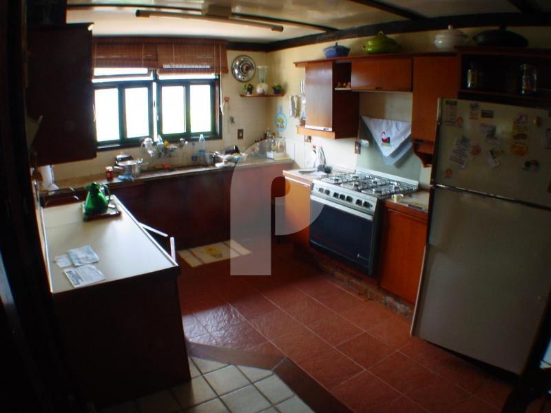 Casa para Alugar em Araras, Petrópolis - Foto 12