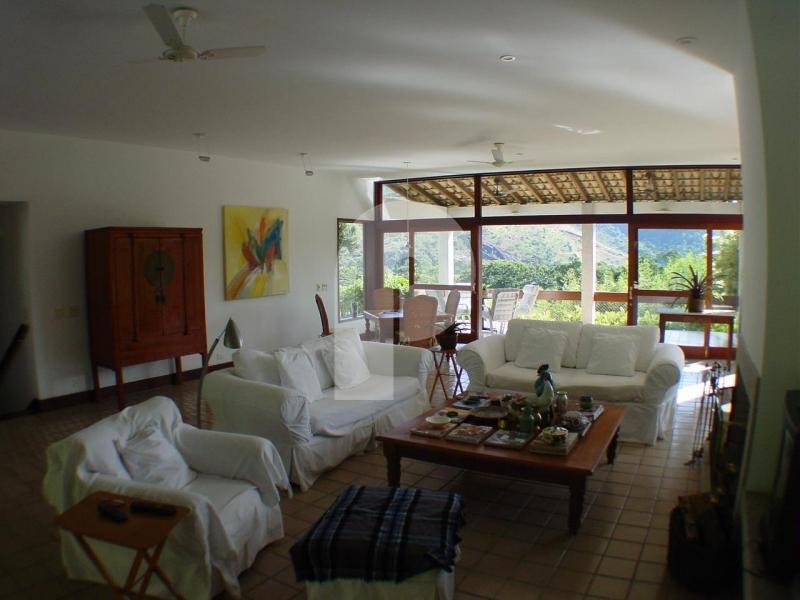 Casa para Temporada ,  para Alugar  à venda em Itaipava, Petrópolis - RJ - Foto 4