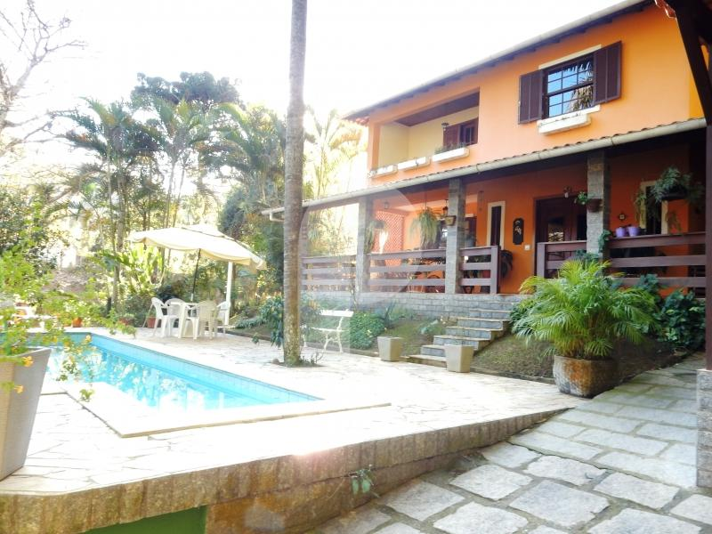 Casa para Alugar em Itaipava, Petrópolis - RJ - Foto 1