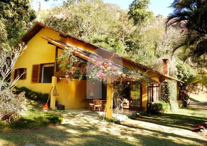 Casa à venda em Petrópolis, Nogueira