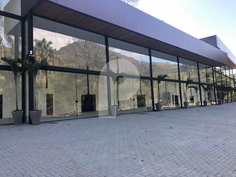 Loja para alugar em Petrópolis, Corrêas