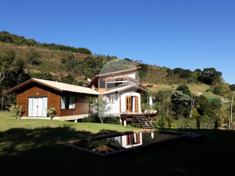 Casa para Alugar  à venda em Vale das Videiras, Petrópolis - Foto 1