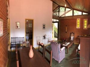 Casa em Corrêas Petrópolis