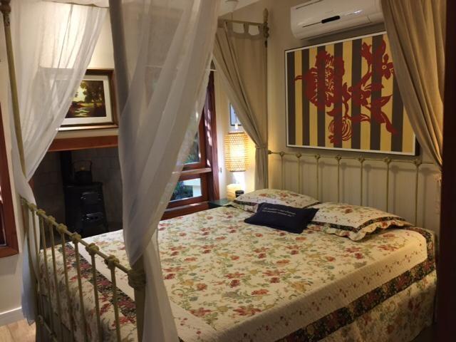 Casa para Alugar  à venda em Pedro do Rio, Petrópolis - Foto 4