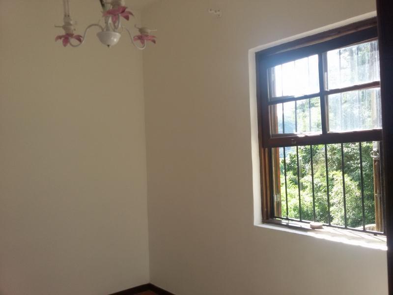 Casa para Alugar  à venda em Samambaia, Petrópolis - Foto 10