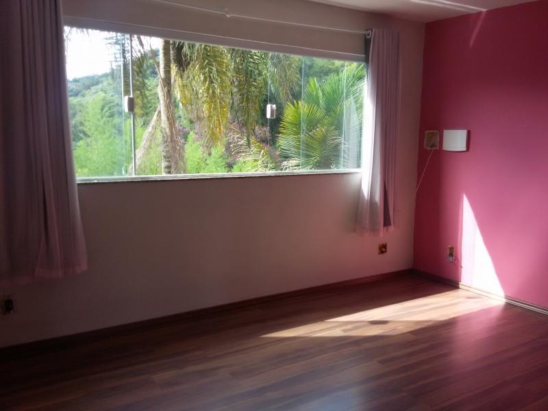 Casa para Alugar  à venda em Samambaia, Petrópolis - Foto 4