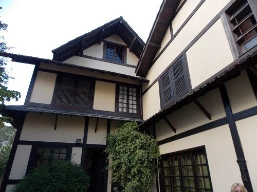 Casa para Alugar  à venda em Valparaíso, Petrópolis - RJ - Foto 2