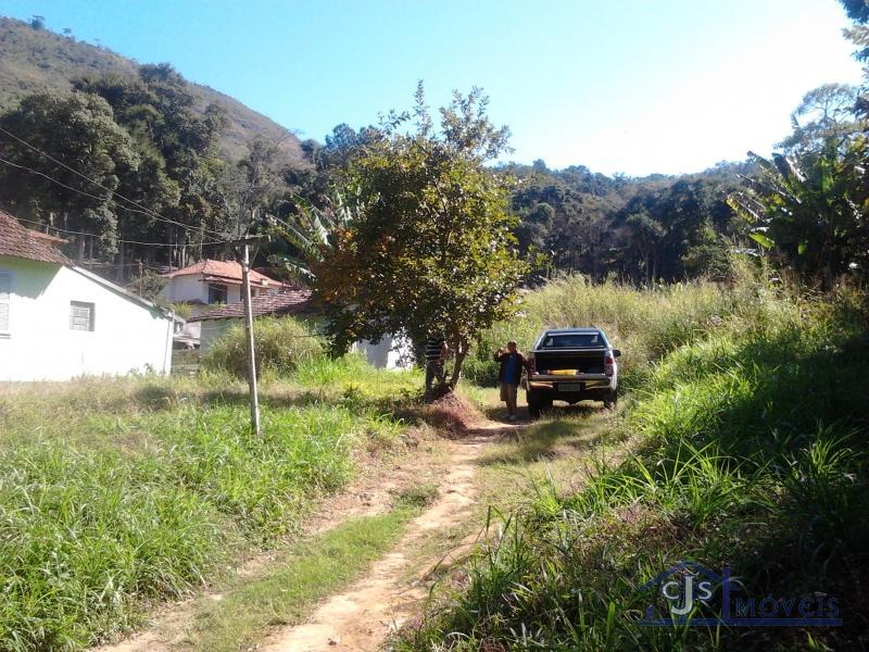 Terreno Comercial em Petrópolis, Carangola