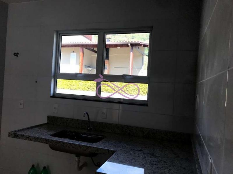 Casa de Condomínio em Nova Friburgo Cônego