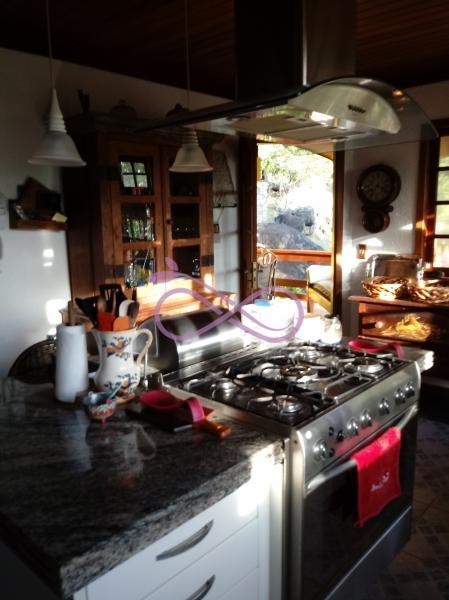 Casa de Condomínio em Petrópolis Samambaia