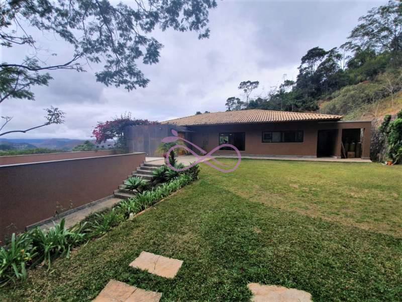 Casa de Condomínio em Petrópolis Araras