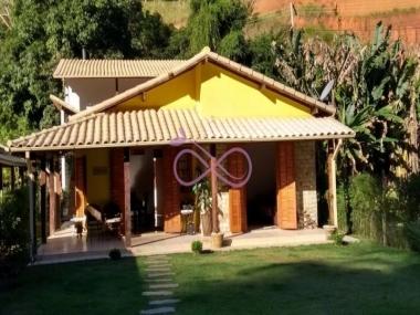 Comprar Casa de Condomínio em Areal Centro