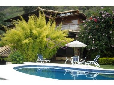 Comprar Casa de Condomínio em Petrópolis Nogueira