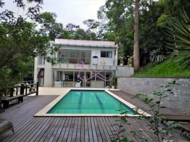 Comprar Casa de Condomínio em Petrópolis Secretário