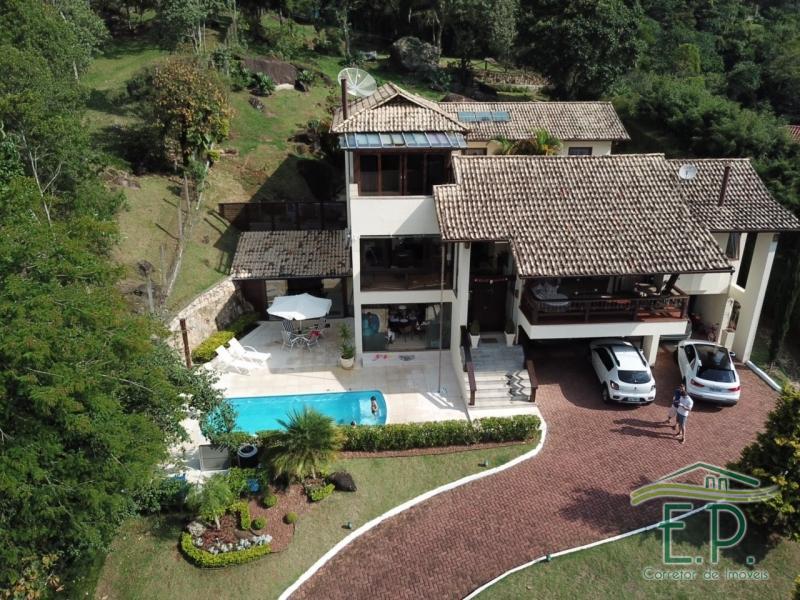 Casa à venda em Petrópolis, Samambaia