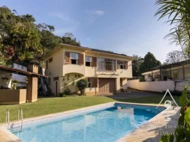 Casa em Quitandinha - Petrópolis/RJ