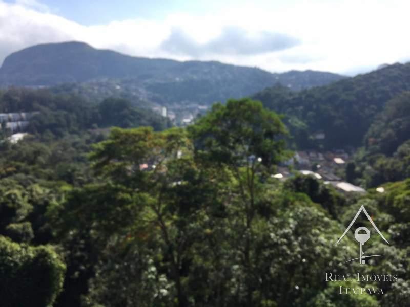 Casa em Castelânea - Petrópolis/RJ