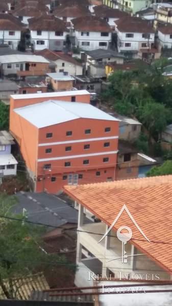 Prédio em Quitandinha - Petrópolis/RJ