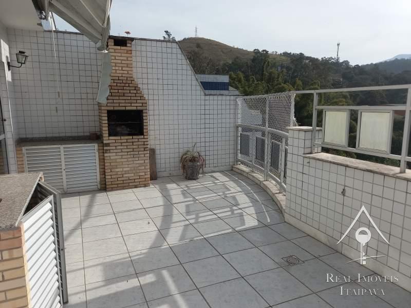 Cobertura em Nogueira - Petrópolis/RJ