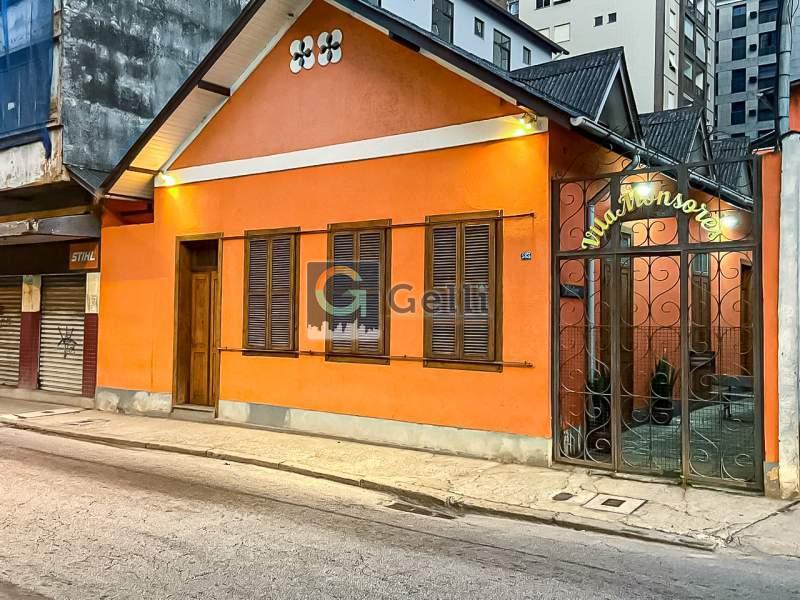 Imóvel Comercial para Alugar em Centro, Petrópolis - RJ - Foto 1