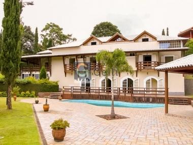 Casa em condomínio em Araras Petrópolis