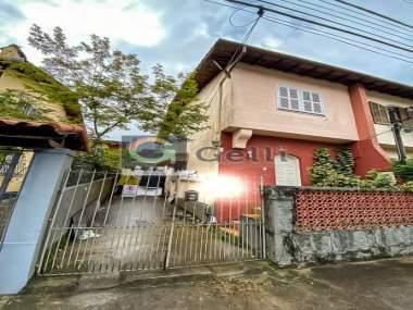 Casa em Valparaíso Petrópolis