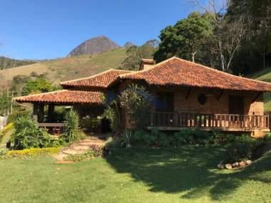Casa em Corrêas - Petrópolis - 5 Quartos