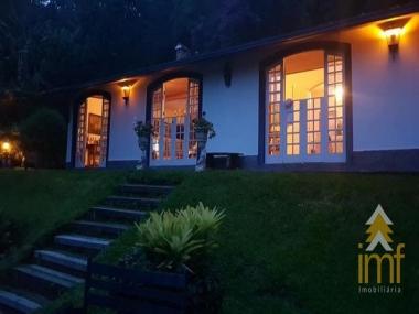Casa em Araras - Petrópolis - 4 Quartos