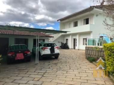 Casa em Itaipava - Petrópolis - 5 Quartos
