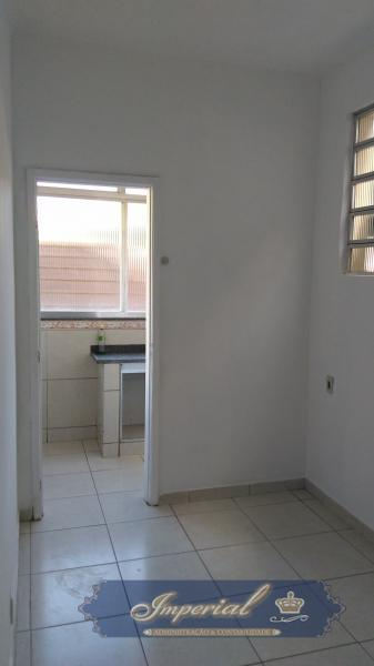 Apartamento para Alugar em Mosela, Petrópolis - Foto 8