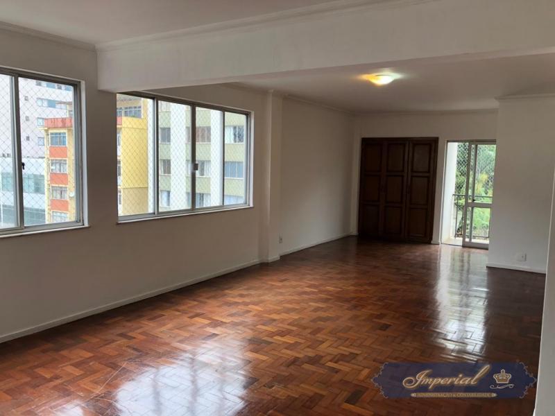 Apartamento para Alugar em Centro, Petrópolis - Foto 45