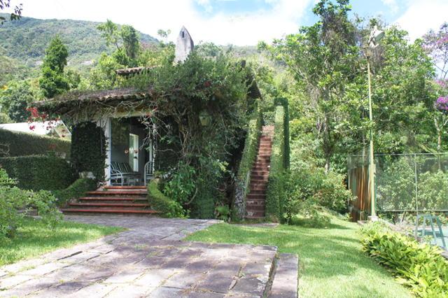 Casa em Petrópolis, Morin
