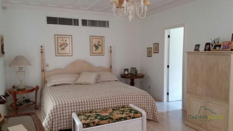 Casa para Alugar  à venda em Araras, Petrópolis - RJ - Foto 17