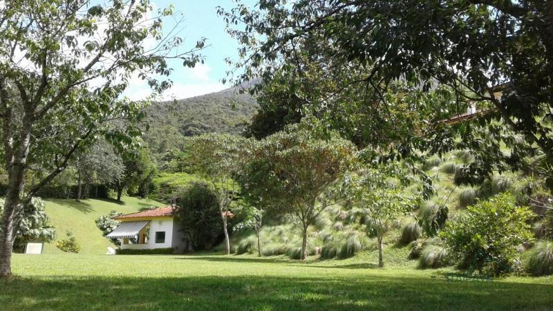 Casa para Alugar  à venda em Araras, Petrópolis - RJ - Foto 12
