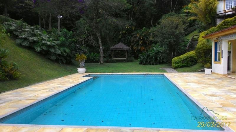 Casa para Alugar  à venda em Araras, Petrópolis - RJ - Foto 8