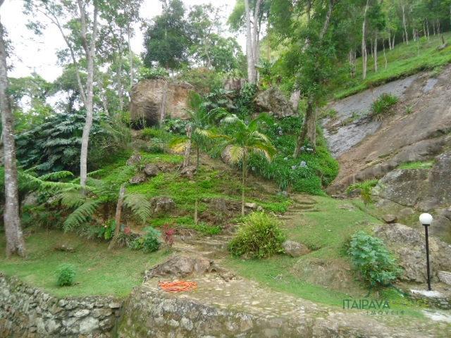 Casa para Alugar  à venda em Araras, Petrópolis - Foto 14
