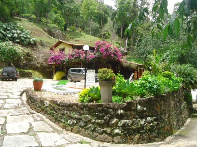 Casa para Alugar  à venda em Araras, Petrópolis - Foto 9