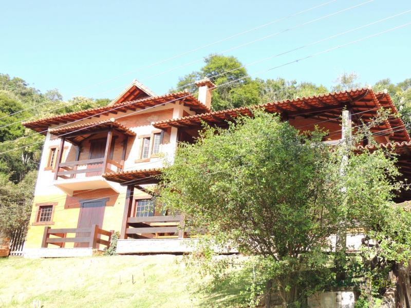 Casa em Petrópolis, Nogueira