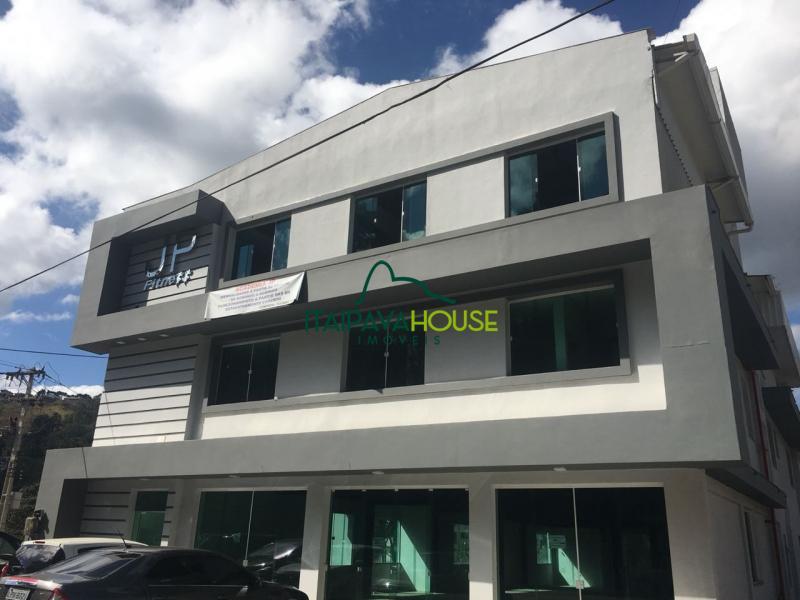 Loja para alugar em Petrópolis, Nogueira