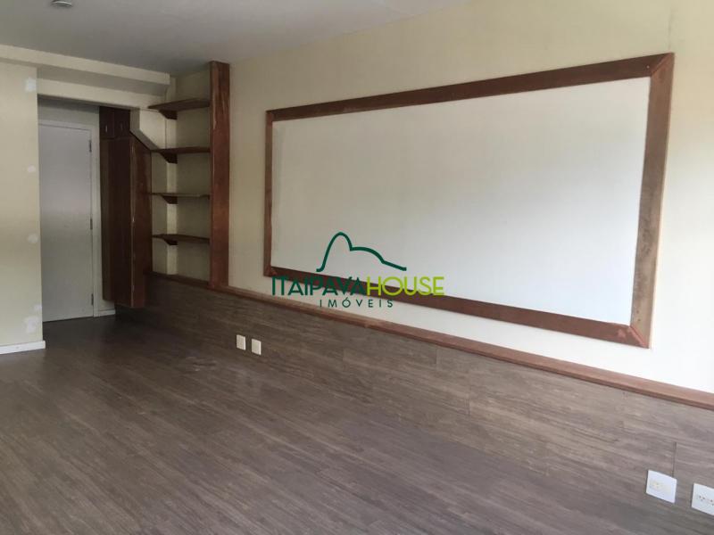 Sala para Alugar  à venda em Itaipava, Petrópolis - Foto 2