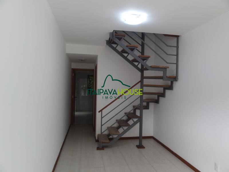 Apartamento para Alugar em Samambaia, Petrópolis - Foto 6