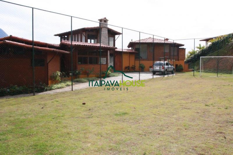 Casa para Temporada  à venda em Araras, Petrópolis - RJ - Foto 47