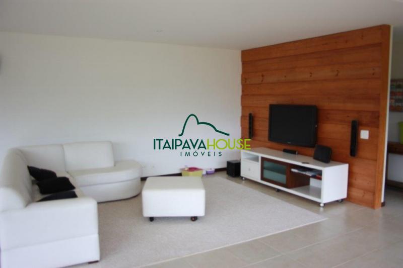 Casa para Temporada  à venda em Araras, Petrópolis - Foto 2