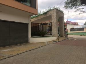 [CI 1185] Loja em ITAIPAVA, Petrópolis
