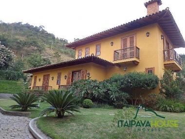 [CI 511] Casa em ITAIPAVA, Petrópolis