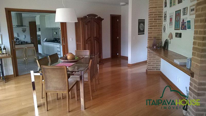 Casa para Alugar  à venda em Araras, Petrópolis - Foto 8