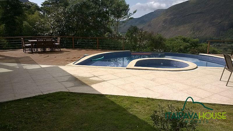 Casa para Alugar  à venda em Araras, Petrópolis - Foto 2