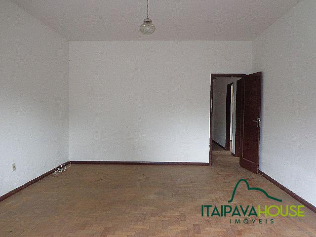 Foto - [857] Casa Petrópolis, Nogueira